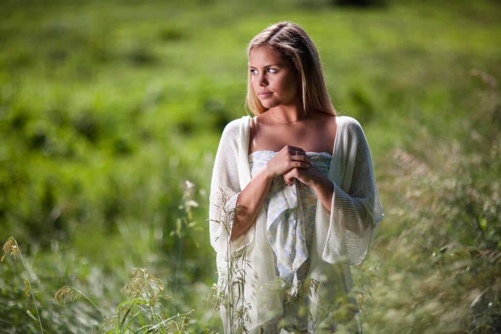 Deyo's Photography Senior Pictures Omaha Nebraska Girl